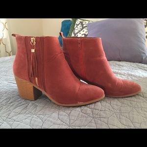 Tassel booties boots shoes size 10 rust orange